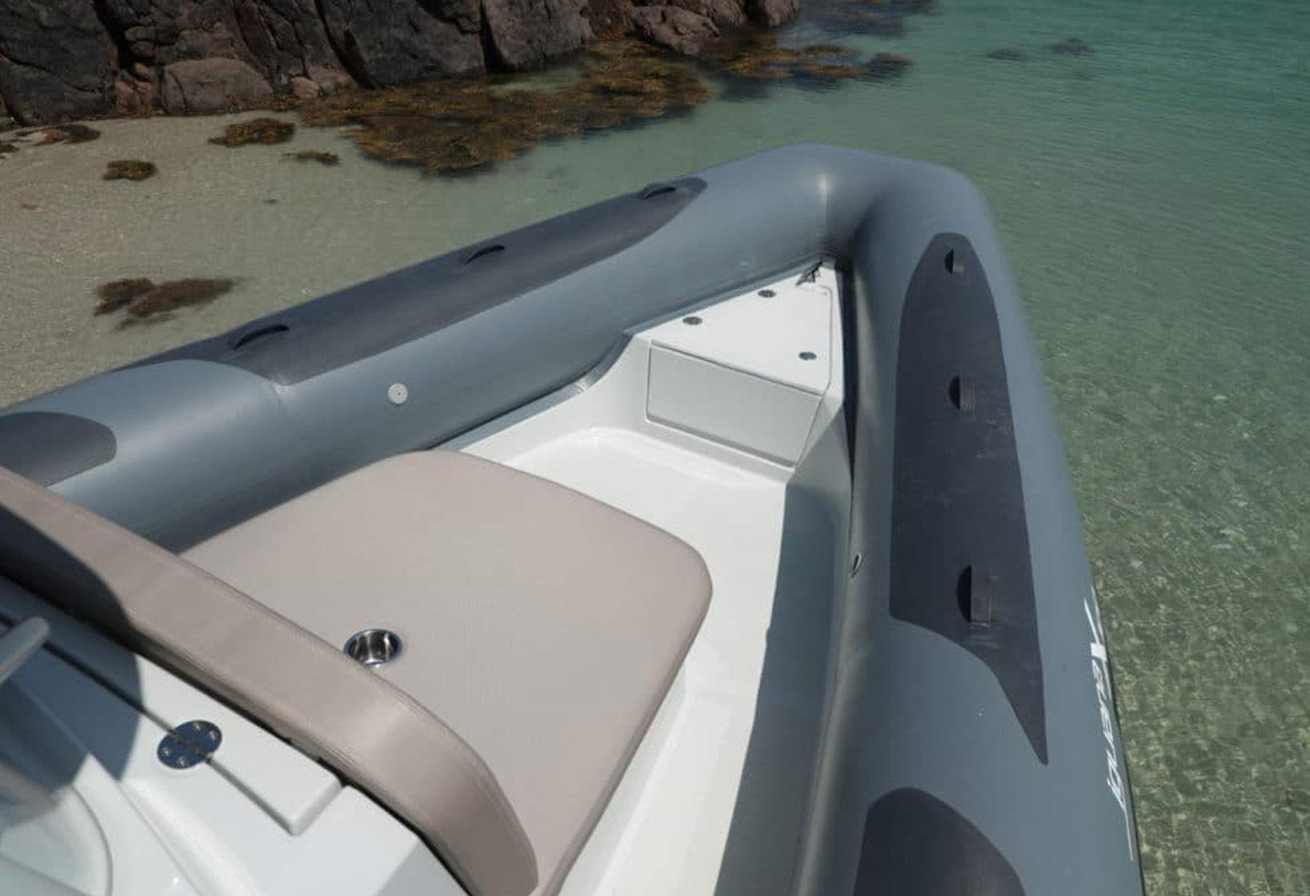 bateau de série amphibie-vincent lebailly-architecture navale