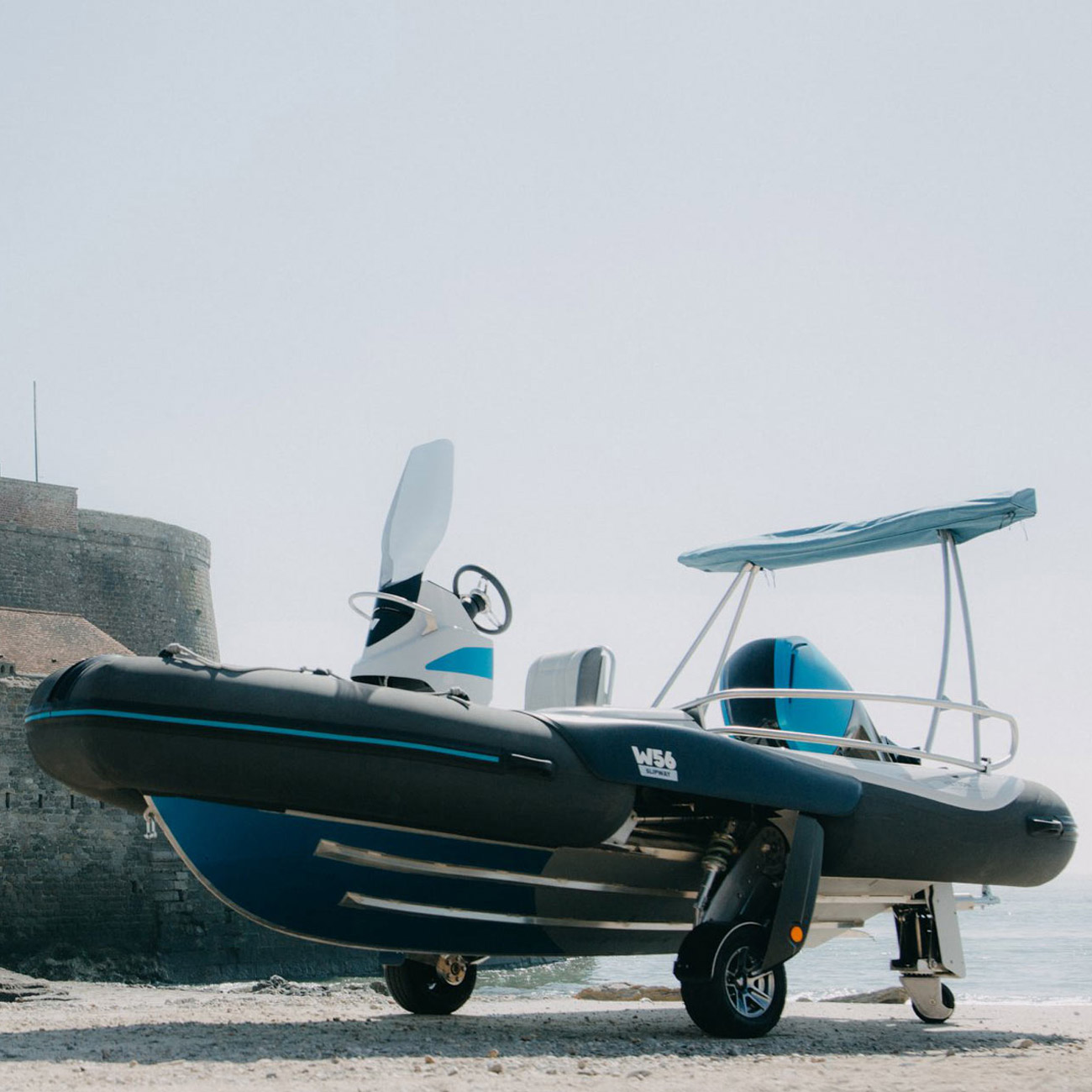 Wetton56-bateau-amphibie-Vincent-Lebailly-semi-rigide